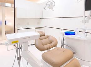 広々した「個室」の診療室
