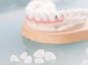 歯周病などが原因で歯がボロボロになってしまった方へ